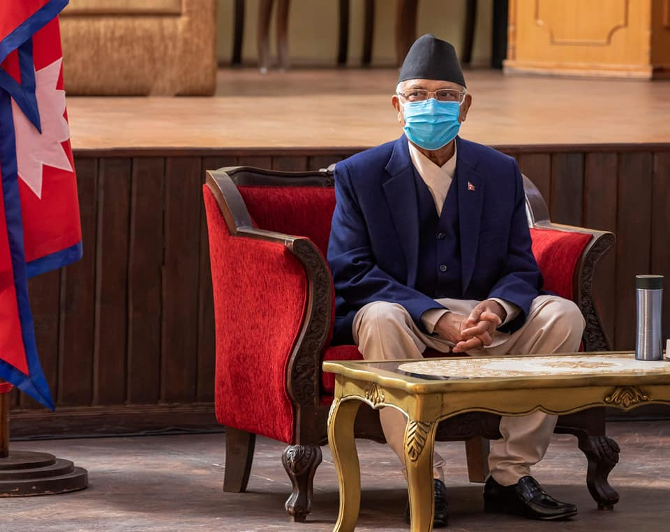 योगेश र घनश्यामसँग बालुवाटारमा प्रधानमन्त्री ओलीको तीन घण्टा वार्ता