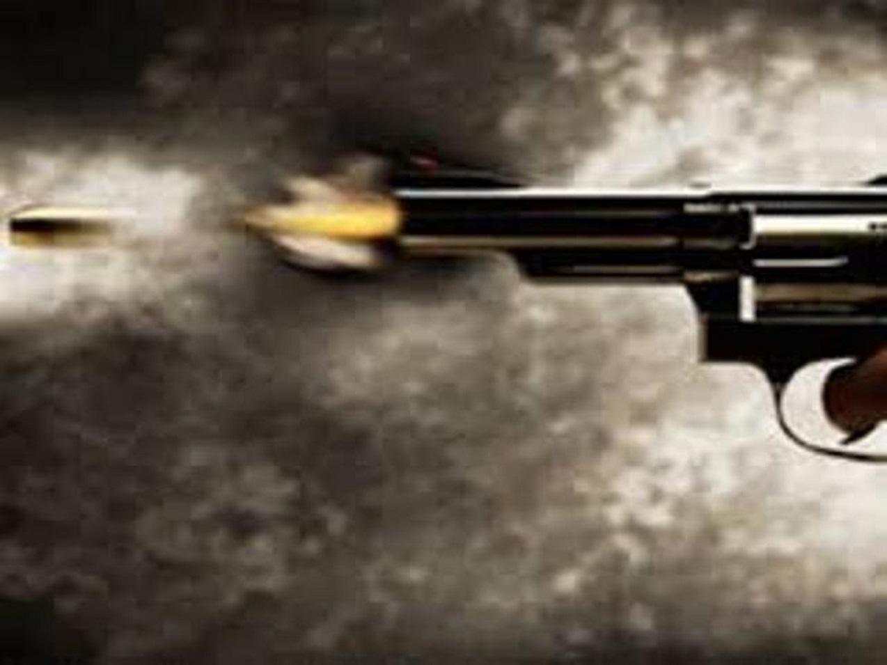 दिल्लीको अदालतभित्रै गोली चल्दा तीन जनाको मृत्यु