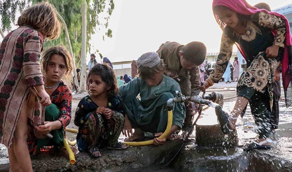 अफगानिस्तानमा मानवीय संकट आउन लाग्यो