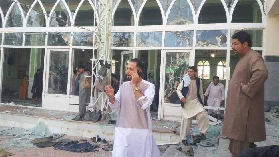 अफगानिस्तानको मस्जिदमा भएको बिस्फोटमा परेर मृत्यु हुनेको संख्या ४० पुग्यो
